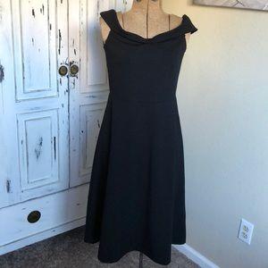 H&M black dress size s NWT